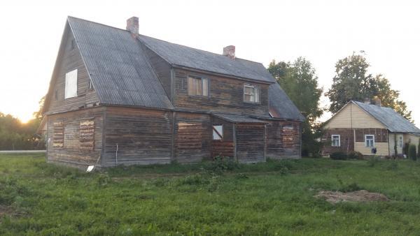 Parduodamas namas su sklypu-0