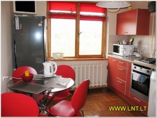 Parduodamas 2 kambarių butas Statybininkų g., Panevėžyje. Namas blokinis 1973 metų statybos, -1
