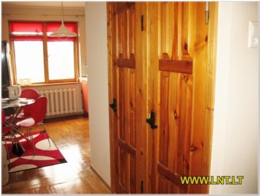 Parduodamas 2 kambarių butas Statybininkų g., Panevėžyje. Namas blokinis 1973 metų statybos, -5
