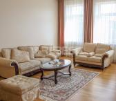Parduodamas suremontuotas, šviesus 3 kambarių 83,34 kv.m butas pačiame miesto centre, Tilžės -0