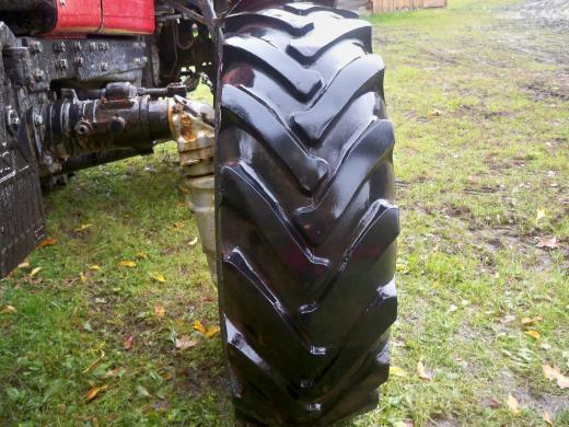 traktoriaus belarus  padangos -1