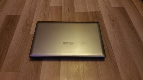 Asus laptopas, I7-2630, Geforce 550M-1