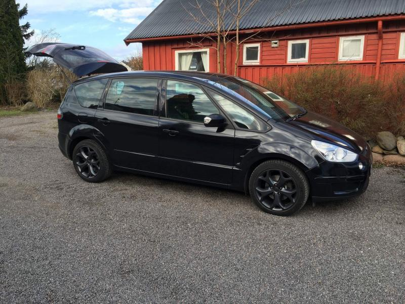 Parduodu Ford s-max -0