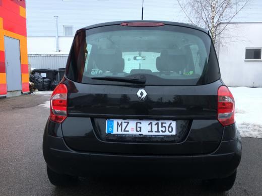 Renault Modus-1