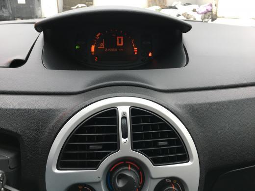 Renault Modus-6