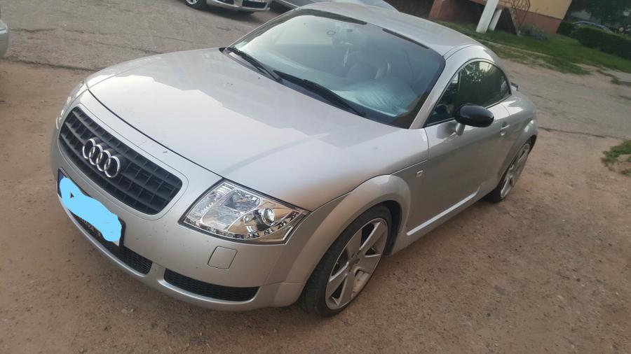 Audi TT-0