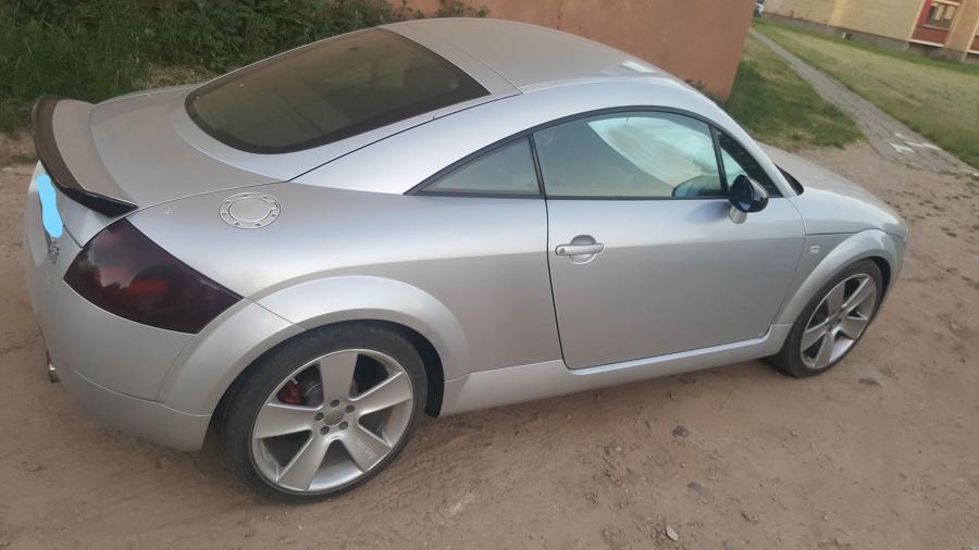 Audi TT-7
