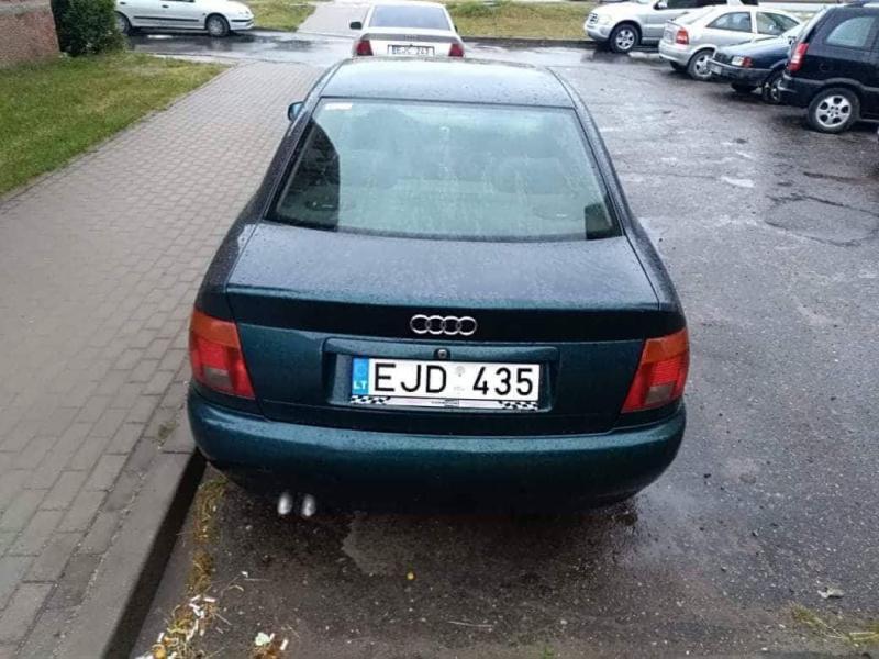 Audi a4 b5-4