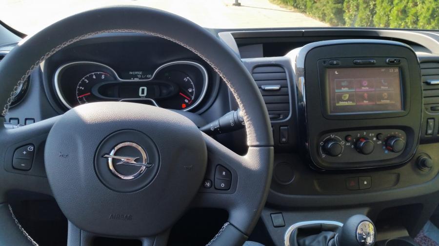 Mikroautobuso nuoma Opel Vivaro 2018m.  (Laisvas žiemos sezonui)-2