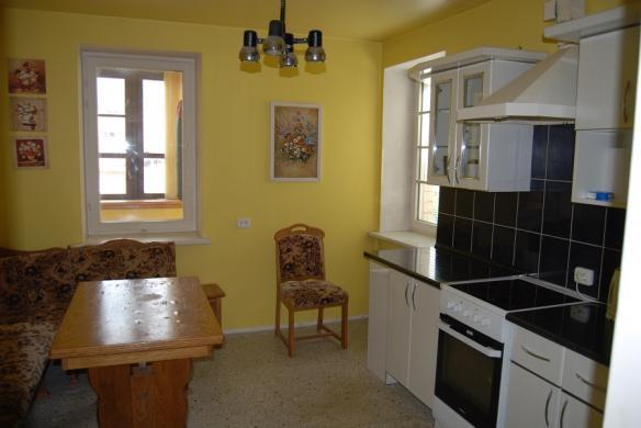 Parduodamas 3 kambarių butas Naujininkuose, Kapsų g. -0
