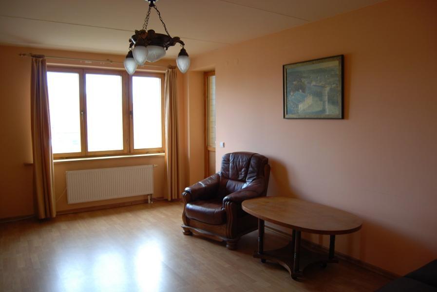 Parduodamas 3 kambarių butas Naujininkuose, Kapsų g. -1