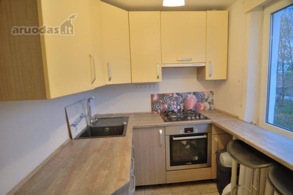 Parduodamas gero išplanavimo erdvus 2 kambarių butas Vinčų g.-1