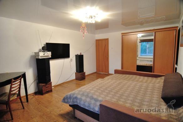 Parduodamas gero išplanavimo erdvus 2 kambarių butas Vinčų g.-2
