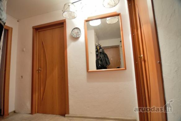Parduodamas gero išplanavimo erdvus 2 kambarių butas Vinčų g.-4