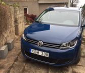 Volkswagen Touran,-0