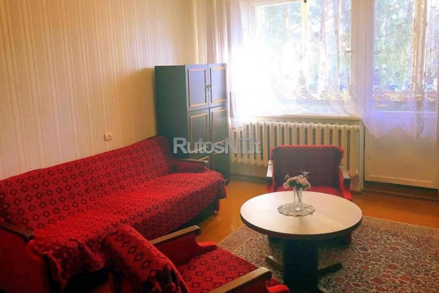Parduodamas 2- jų kambarių butas Palangoje-1