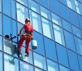 Aukštuminis langų, stiklu, fasadų valymas-0