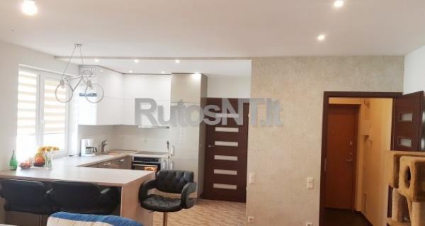 Parduodamas 3- jų kambarių butas Debreceno gatvėje-0