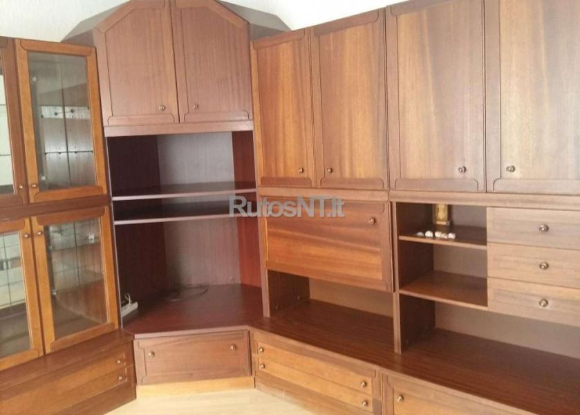 Parduodamas 2- jų kambarių su holu butas Budelkiemio gatvėje-1