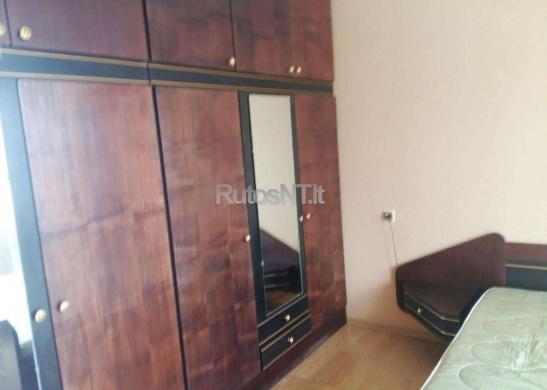 Parduodamas 2- jų kambarių su holu butas Budelkiemio gatvėje-3