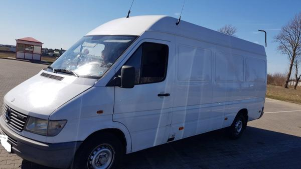 Mercedes Benz Sprinter312-0