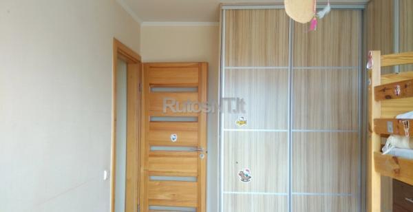 Parduodamas 4- rių kambarių butas Klevų gatvėje-3