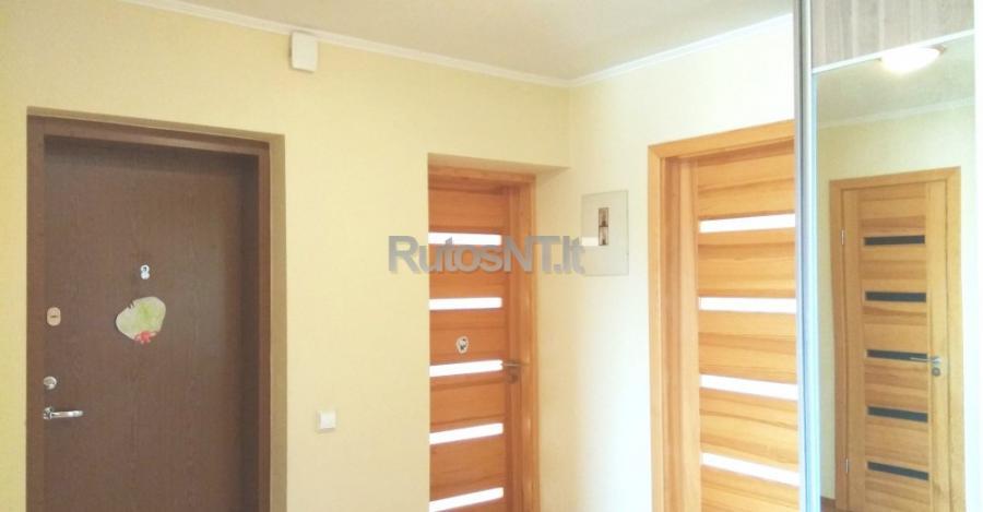 Parduodamas 4- rių kambarių butas Klevų gatvėje-6