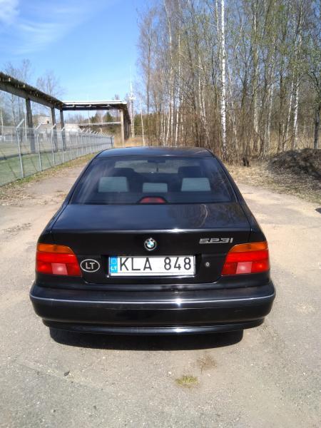 Parduodu BMW 523i-3