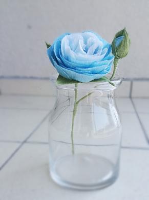 Dirbtinių gėlių puoštė-2