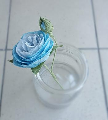 Dirbtinių gėlių puoštė-3