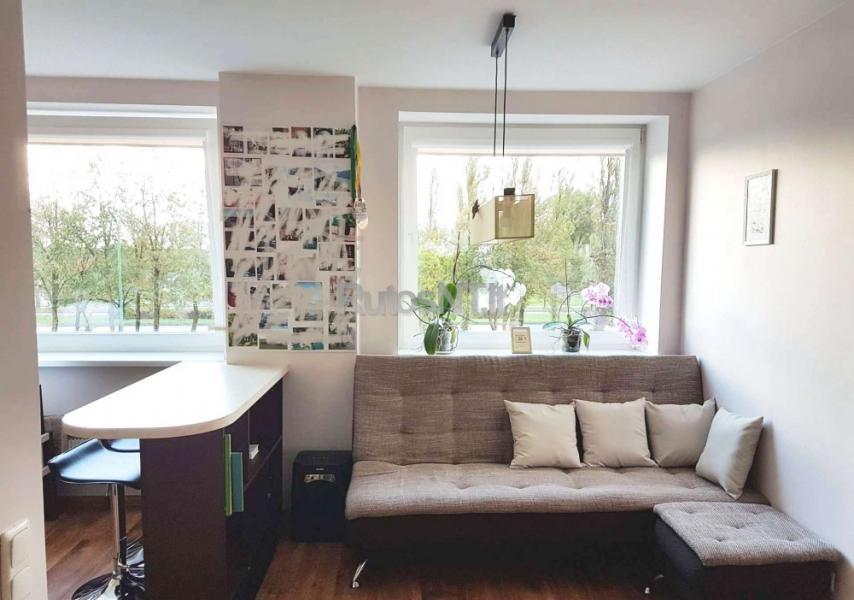 Parduodamas 3- jų kambarių butas Baltijos prospekte-1
