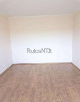 Parduodamas vieno kambario su holu butas Jūrininkų prospekte-1