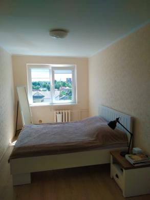 Parduodamas prieš metus pilnai suremontuotas 2 kambarių butas su balkonu-2