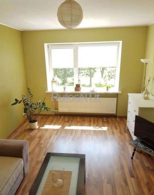 Parduodamas 2- jų kambarių su holu butas Gargžduose, Melioratorių gatvėje-1