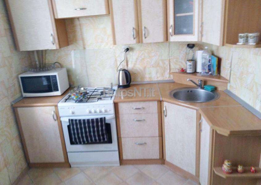 Parduodamas 2- jų kambarių su holu butas Bandužių gatvėje-1