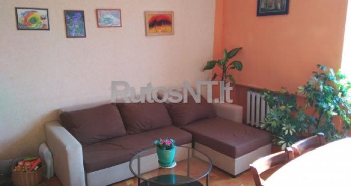 Parduodamas 5-kių kambarių butas Šiūparių k.-0