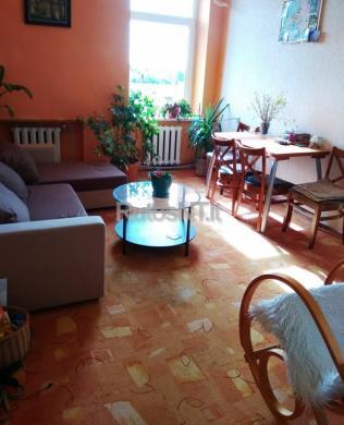 Parduodamas 5-kių kambarių butas Šiūparių k.-1