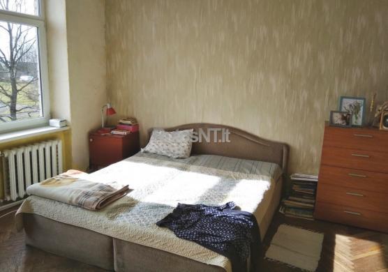 Parduodamas 5-kių kambarių butas Šiūparių k.-3