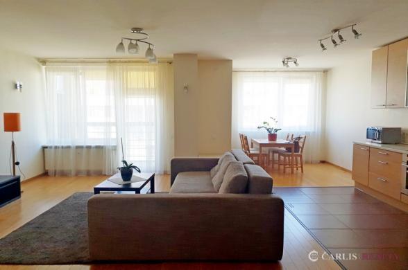 Vilnius, Lazdynėliai, Jonažolių g., 2 kambarių butas-1