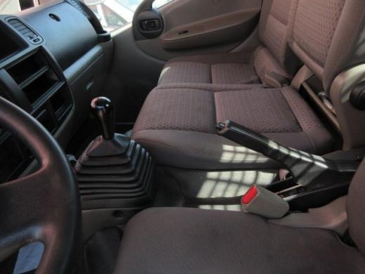 Nissan Cabstar 2007-4