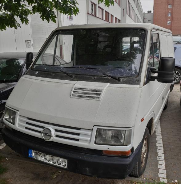 Parduodu mikroautobusiuką Opel Arena 1999m D 1,9-0