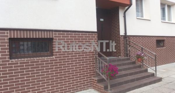 Parduodamas 2- jų kambarių butas Nidos gatvėje-0