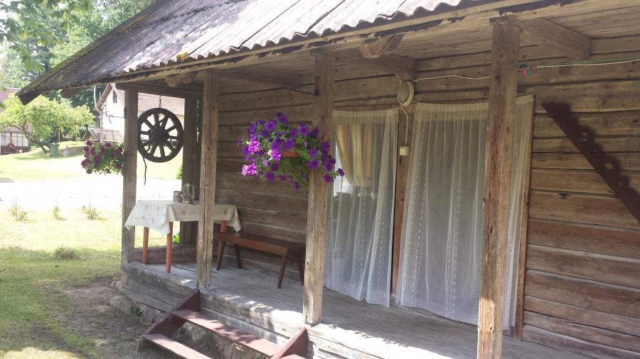 Nuomuojamas svirnas Trainiskio kaime prie Baluoso ezero-1