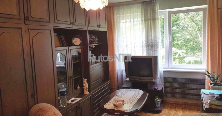 Parduodamas 2- jų kambarių butas Naujakiemio gatvėje-3