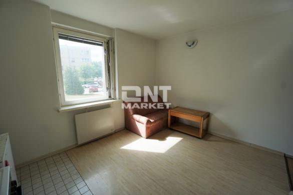Parduodamas erdvus 2-jų kambarių butas Palangoje-3
