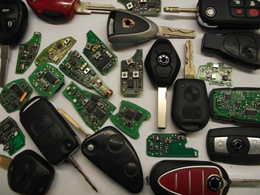 Raktų gamyba, programavimas 869756587-2