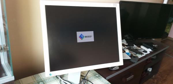 Monitorius  Eizo-2
