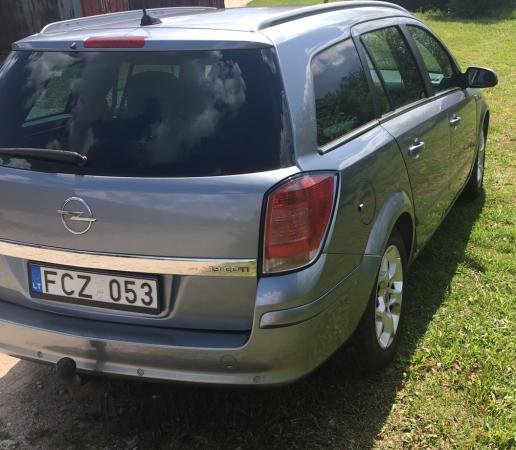 Opel Astra H-0
