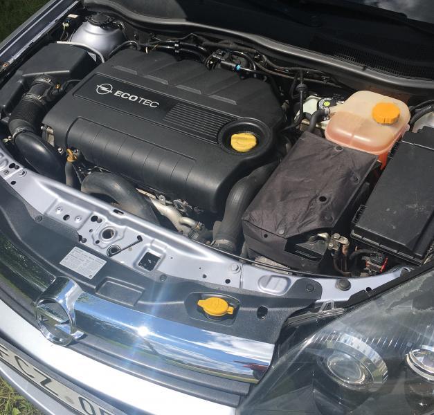 Opel Astra H-1