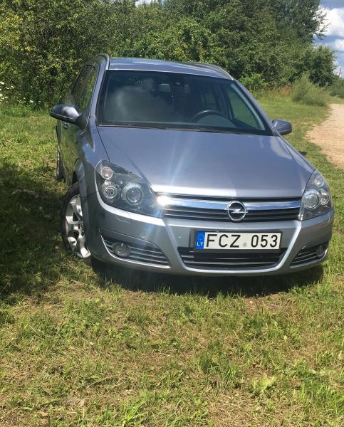 Opel Astra H-2